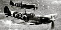 Le Supermarine Spitfire –cracheur de feux- est sans conteste le plus célèbre chasseur britannique de la Seconde Guerre Mondiale. Cet appareil aux performances remarquables fut une création de R.J. Mitchell pour répondre à une demande de l'état-major britannique qui souhaitait un avion de chasse monoplan avec un habitacle fermé et un train d'atterrissage escamotable. Il fit son premier vol le 5 mars 1936.