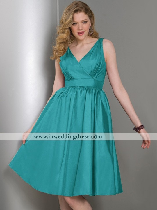 """Taffeta in """"Jade."""" V-neck bodice with set in waistband and gathered full swing skirt"""