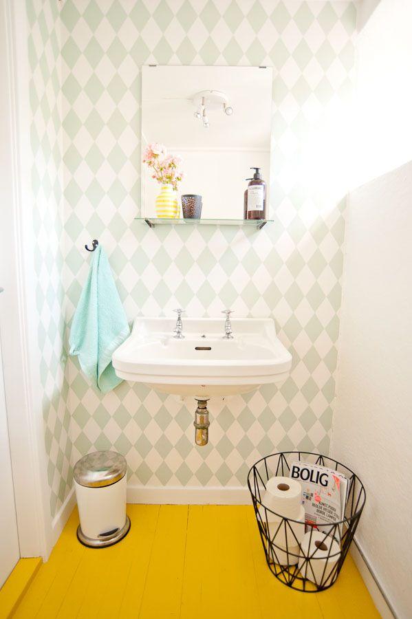 Ferm Living wallpaper - Harlequin - http://www.aufildescouleurs.com/wallpaper/5101-harlequin-149.html