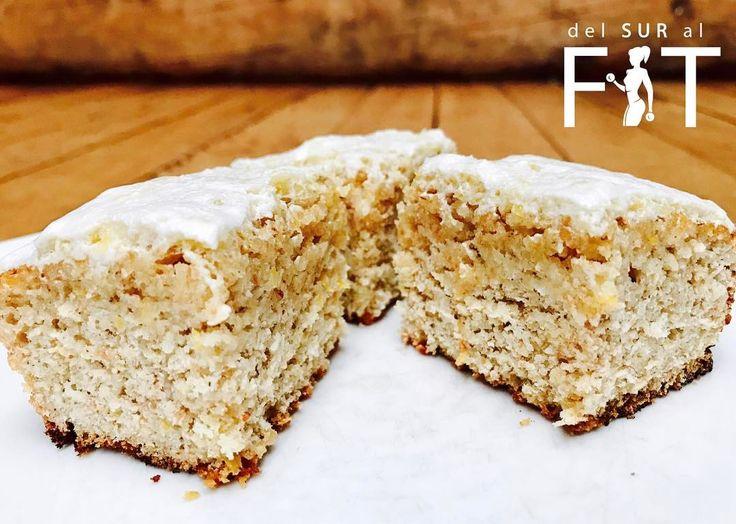"""26 Me gusta, 3 comentarios - JoseCoach DelSurAlFit (@josecoachdelsuralfit) en Instagram: """"Aquí les dejo otra rica receta para regalonear a sus mamás mañana en su día! 💜 Browni de Limón 🍋…"""""""