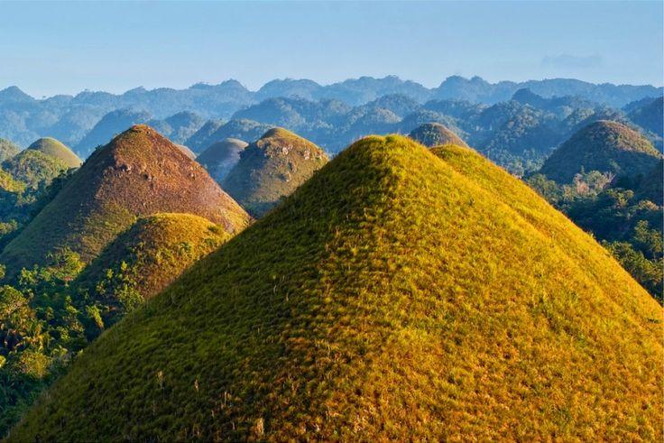 Шоколадные холмы на Бохоле (Филиппины)