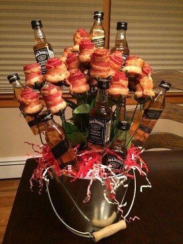 Как сделать розы из бекона. Порадуйте мужа :)