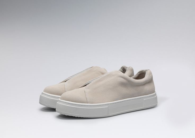 #Eytys Slip-On Suede Off-White