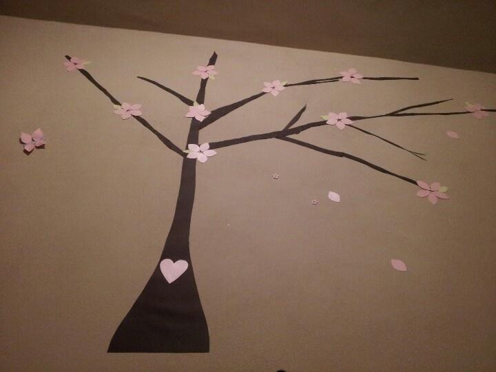 Árbol de ciruelo para la decoración de habitación de una niña