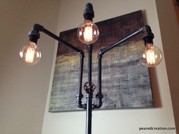 Lampadaire ajustable - mobilier industriel - multiples Edison ampoules - canapé lampe