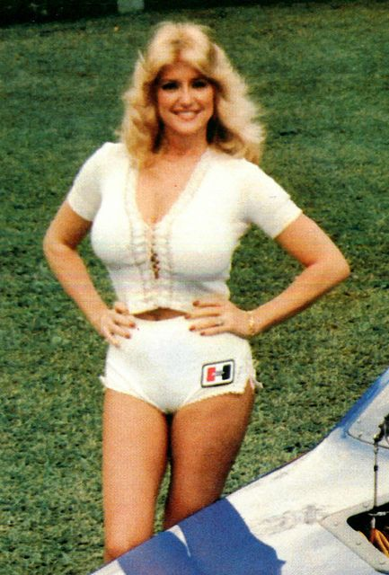 What I'd Do Differently: Linda Vaughn – Feature – Car and Driver