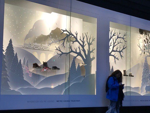 Clarks Oxford Street Why not enter our #vmchristmasawards? http://www.retaildesignexpo.com/features/the-vm-christmas-awards