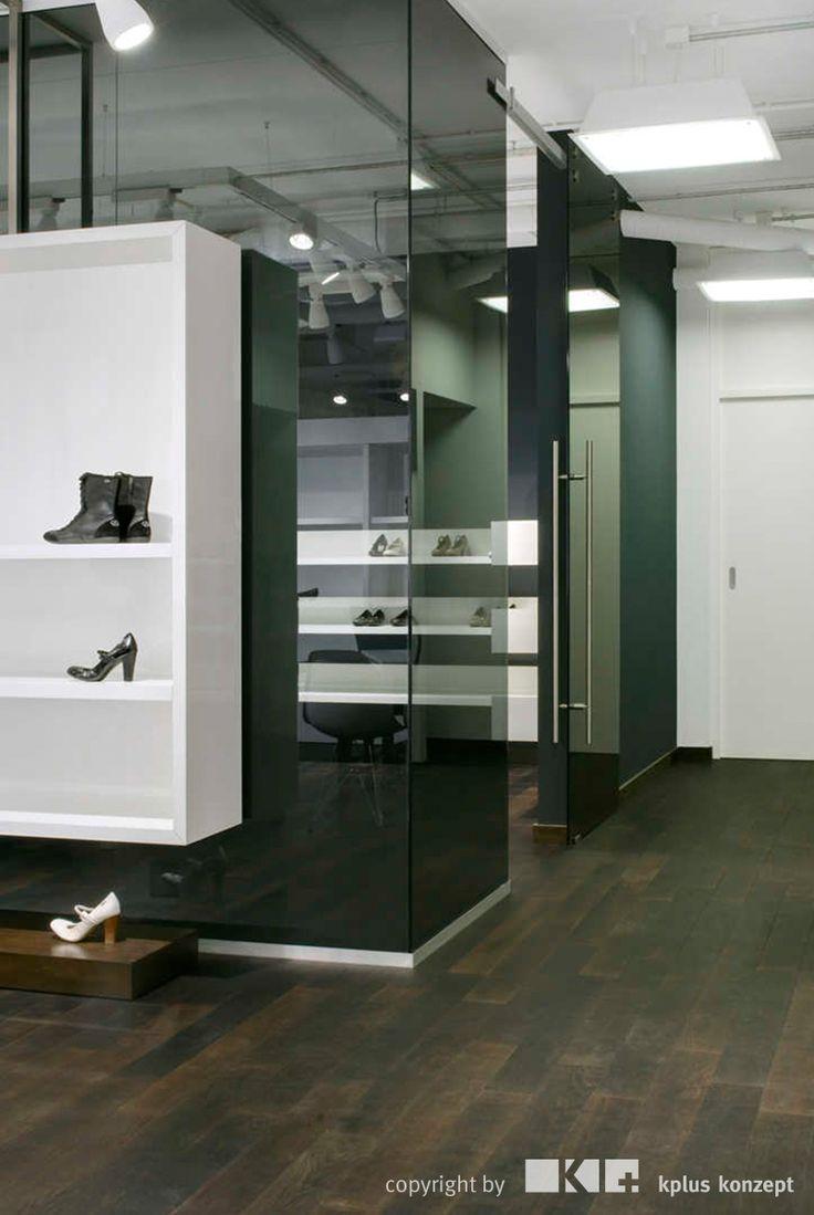 Esprit Shoes Showroom Nieuwegein - kplus konzept GmbH - http://kplus-konzept.de