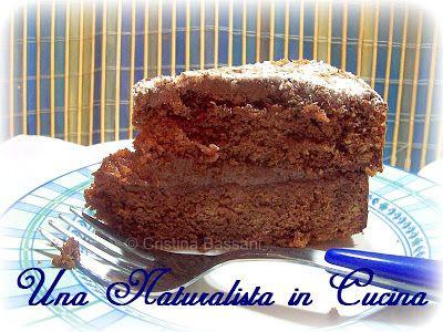Una Naturalista in Cucina: Torta al cioccolato con ingrediente a sorpresa. Ovverosia come ti imbroglio le puzzole prendendole per la gola