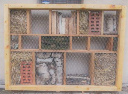 hmyzí domeček - naše společné dílo s manželem