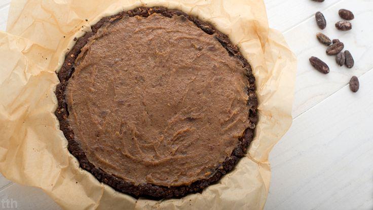 true taste hunters - kuchnia wegańska: Tarta czekoladowa z kaszy gryczanej z solonym karm...