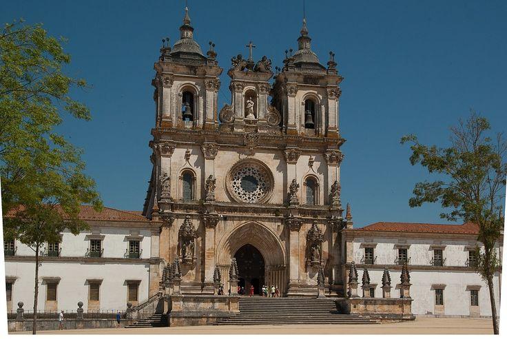 http://monasteryworldwide.com/alcobaca-monastery-portugal/