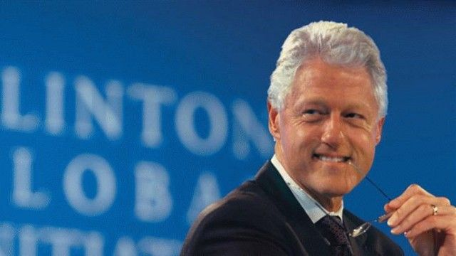 """Bill Clinton is compelling because he has never been someone who exudes a sense of deprivation …while pundits like Wolf Blitzer may still see eating fruits, grains and vegetables as a move away from """"fun foods,"""" there's something about the transformation of a man who was right there first in line for those """"fun foods"""" that makes a persuasive case for recalibrating our notion of """"fun."""" Arterial blockage – not so fun! Obesity, diabetes and cancer – less fun than a pineapple, I swear."""
