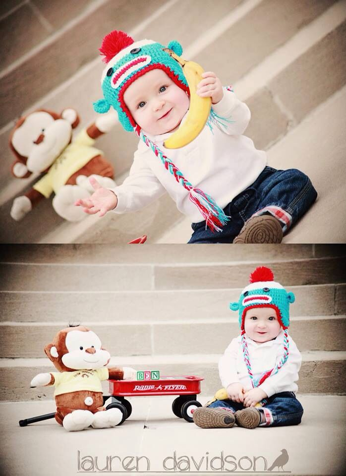 6 month photo ideas. 9 month photo ideas. 1 year photo ideas for boy. Summer baby pictures. Toddler picture ideas. Pictures with sock monkey crocheted hat, wagon, and bananas. Lauren Davidson Photography.