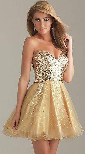 Tendência   O glamour dos vestidos de festa dourados