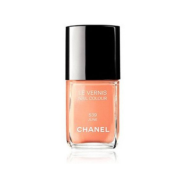 Laure, stagiaire le vernis June de Chanel Glamour ❤ liked on Polyvore featuring chanel, beauty, nail polish, makeup and nail