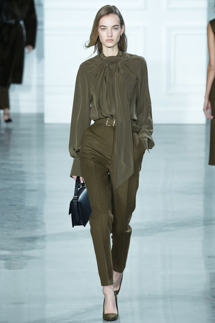See the Jason Wu autumn/winter 2015 collection