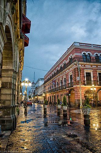 Love the pretty streets of Puebla, Mexico!