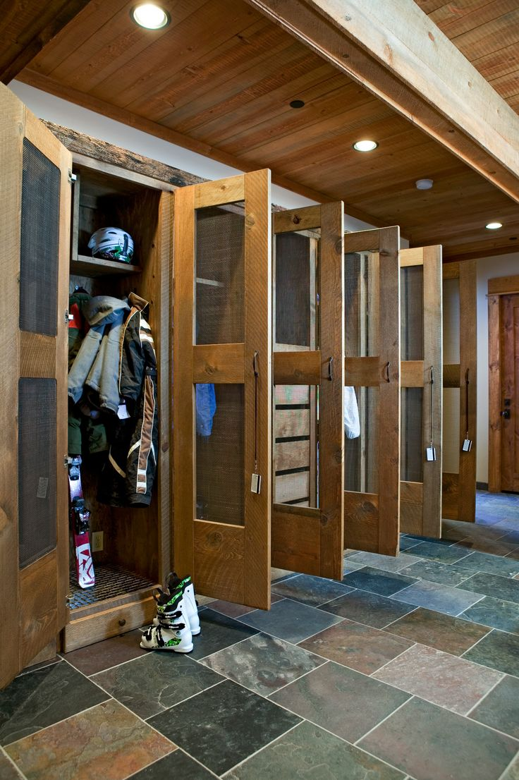 Mudroom lockers with doors - 17 Best Ideas About Locker Storage On Pinterest Gym Lockers Lockers And Gym Interior