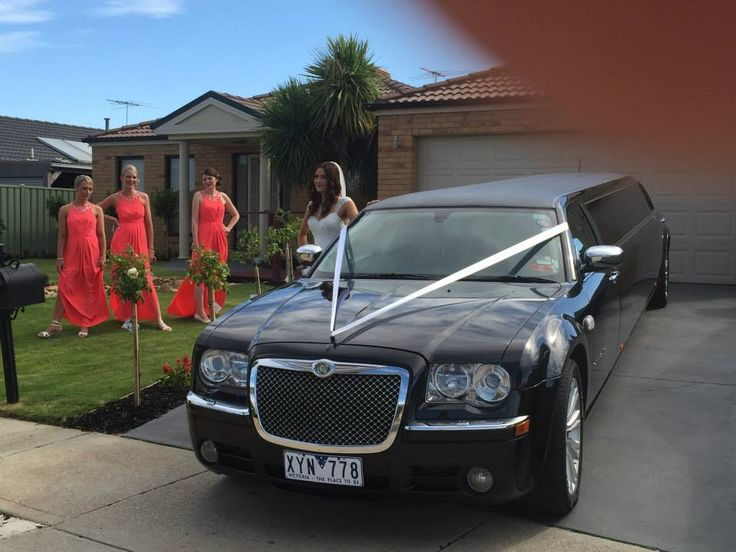 Night Owl Wedding Limo So feel rest assured, when it comes to planning your Special Occasion or Night Out or Wedding we'll take the pressure right off. There's no need to worry about how you're going to get there and whether or not you'll be on-time, as we'll take care of it all for you. http://nightowllimos.com.au/limousine-services-melbourne/wedding-limousines-melbourne/