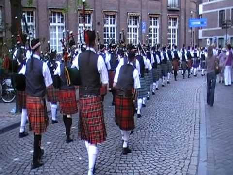 Bagpipes Andre Rieu Maastricht 2010.mpg