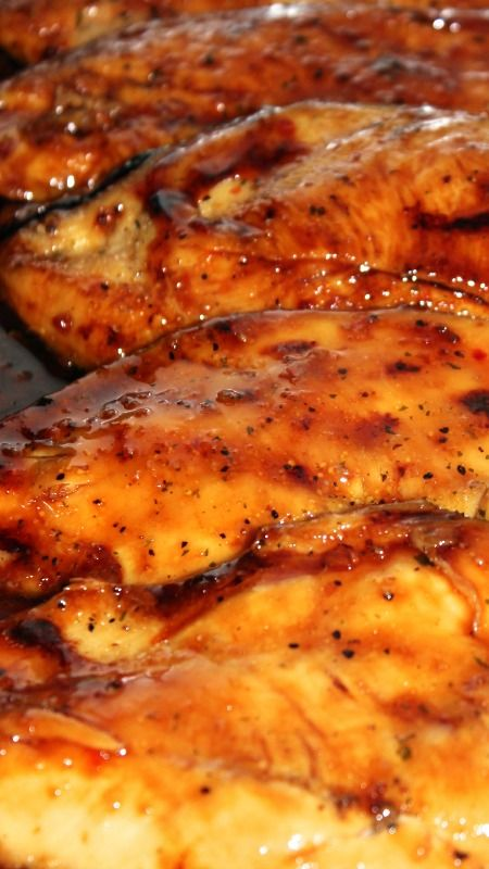 Italian Dressing Brown Sugar Carmalized Chicken ~ It only requires 3 ingredients and it is absolutely delicious
