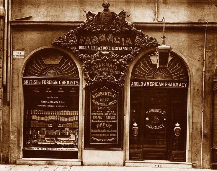 #Farmacie storiche:  fascino vintage della #farmacia di via Tornabuoni rivive nel Temporary Store Manetti&Roberts aperto a Roma alla Stazione Termini.