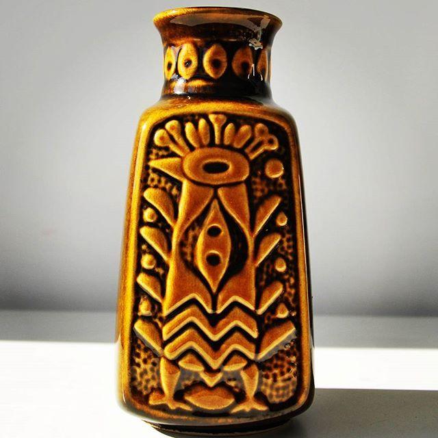 West German pottery brown vase BAY Keramik 96 20    #rooster #west #westgerman #wgp #westgermanpottery #bay #baykeramik #brownvase #potteryvase #vase #relief #reliefdecor #sales #vintage #midcentury #midcenturymodern #modern #retrostyle #sales