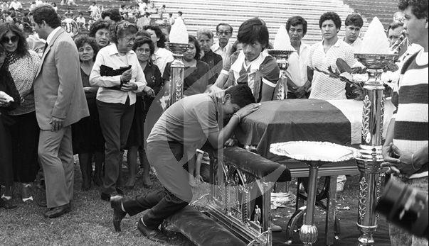 Hoy se cumplen 27 años  del  accidente en el que avión que llevaba al plantel de Alianza Lima cayó  al mar de Ventanilla. Dic 08, 2014.