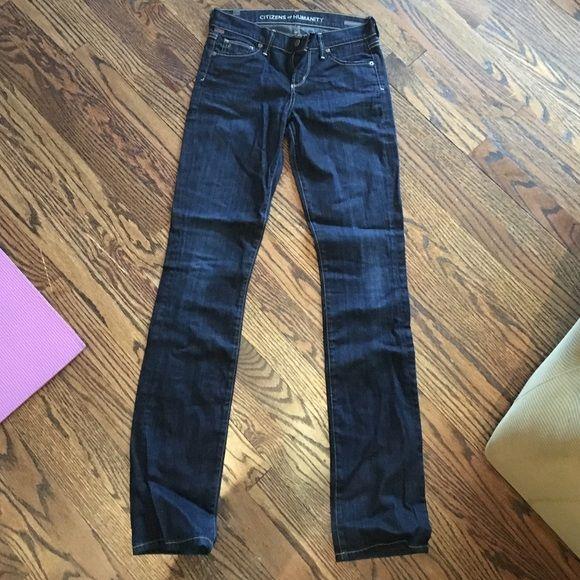 Citizens of Humanity Dark wash jeans size 25 Dark wash, lightly worn. Super comfy! Straight fit Citizens of Humanity Jeans Straight Leg