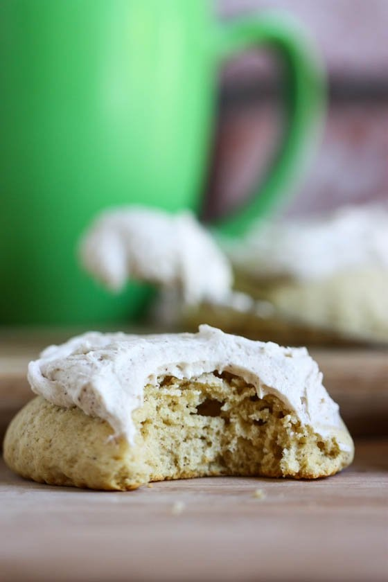 Frosted Chai tea cookies. Yommmmm: Chai Cookies, Tea Cookies, Baking Cookies, Teas, Recipes, Cookies Chai, Giant Cookies 7190, Biscuits Cookies Scones, Giant Chai Tea Frosted Cookies