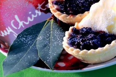 Surprise Christmas tarts
