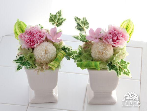 プリザーブドフラワーの仏花。お仏壇のお供えに。