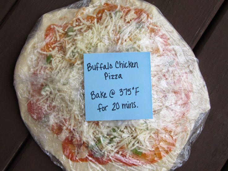 DIY Homemade Frozen Pizzas- no more wasting money on crappy pizza! Add your family's favorite toppings and stash them away in your freezer.