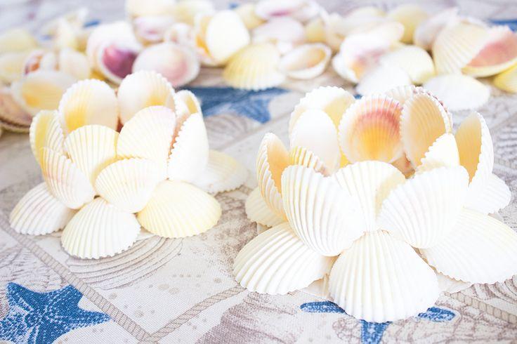 MindandBeauty.nl DIY Theelichthouder kandelaar van kokkel schelpen #shells #seashells #shell #seashell #schelpen #DIY #crafts #projects #knutselen