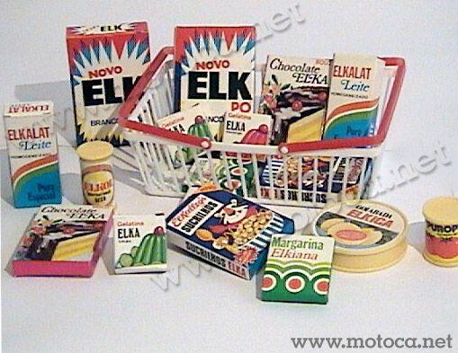 Mercadinho (Elka). Cesto com miniaturas de produtos, como a Margarina Elkiana ou o leite Elkalat. Tudo para abastecer sua mini cozinha.