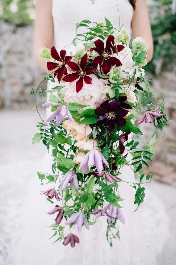 Romantic summer farmhouse wedding inspiration