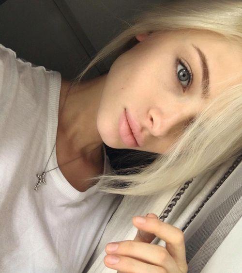 grafika blonde