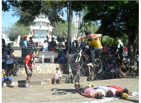 http://www.passosmgonline.com/index.php/2014-01-22-23-07-47/regiao/1317-pratapolis-tem-o-1-passeio-ciclistico-da-amizade