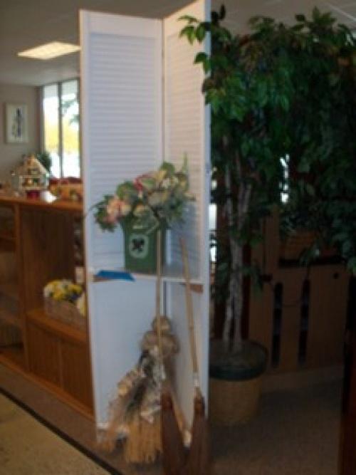Diy Louver Door Shelf Unit 20 00 Home Diy Ideas