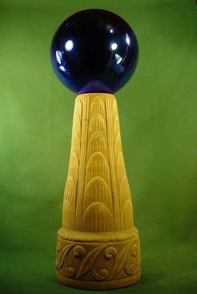 VINTAGE GARDEN YARD GLOBE ORNAMENT GAZING BALL ................  MIDNIGHT BLUE