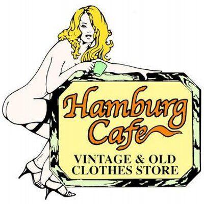古着屋Hamburg Cafe 函館 @Hamburg_Cafe 古着屋Hamburg Cafeです。40~80sのヴィンテージ.レギュラーUSA古着を中心にファイヤーキングや雑貨も充実しております。お気軽にフォローお願いします。 12:00-20:00水曜定休※商品のお問い合わせ返信は営業時間内のみになります。 http://www.hamburgcafe.jp/    函館市松風町10-8グリーンベルト沿い ameblo.jp/hamburg-cafe/