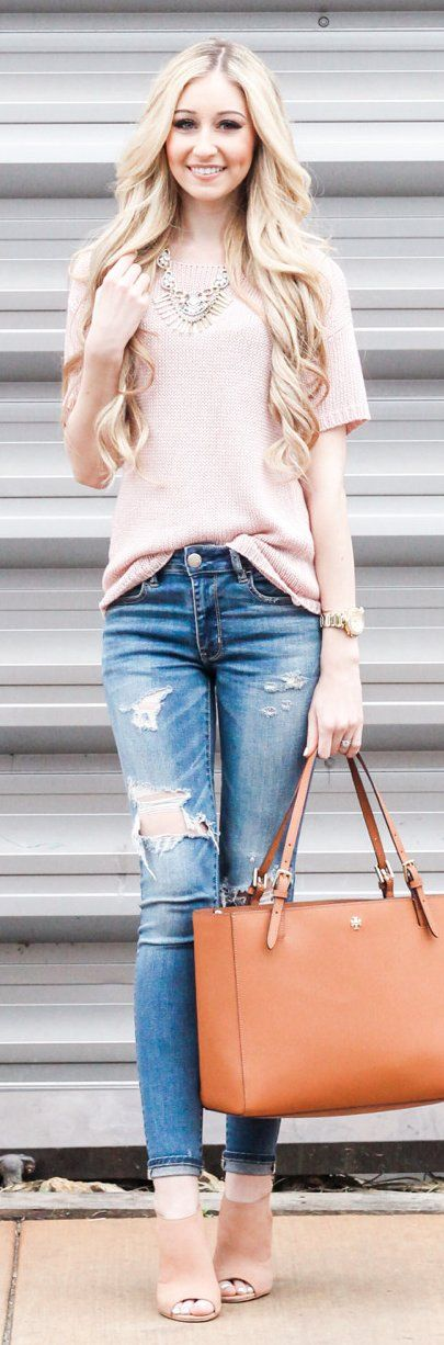 Light Top / Ripped Skinny Jeans / Brown Leather Tote Bag / Pink Open Toe Booties