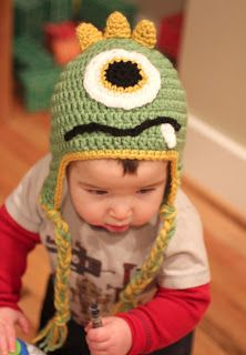 Repeat Crafter Me: Crochet Monster Hats - for Felicia's monster cozy?