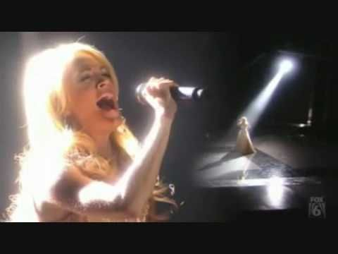Carrie Underwood....O Holy Night