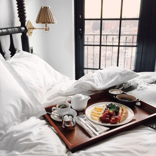 111 best images about breakfast in bed on pinterest amor mothers day breakfast and sunday morning. Black Bedroom Furniture Sets. Home Design Ideas