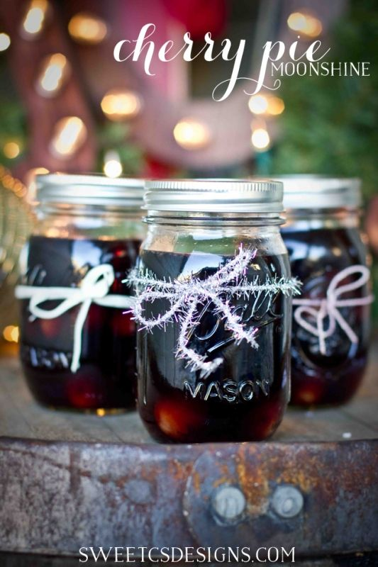 Mama Dawn and Papa Greg's Cherry Pie Moonshine- 8 oz favors!
