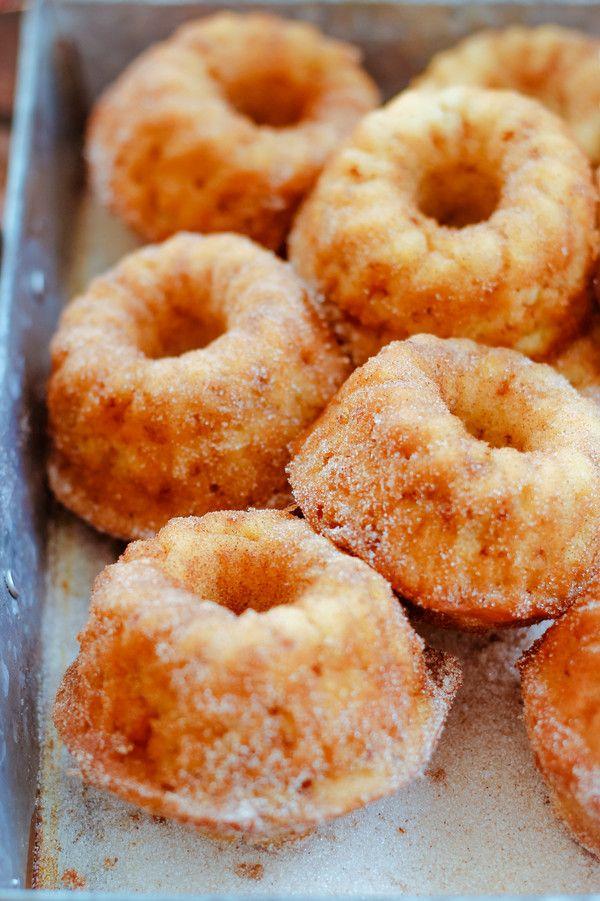 Rezept: Apfelküchlein - Mini Gugl mit Zimt und Zucker-amicella