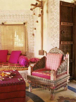 #Take a look at www.bringingitallbackhome.co.uk for Indian furniture, textiles and crafts
