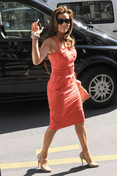 Eva Longoria Photos: Eva Longoria Parker & Husband Out In Paris